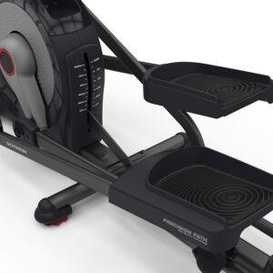The pedals of the Schwinn 470 Elliptical