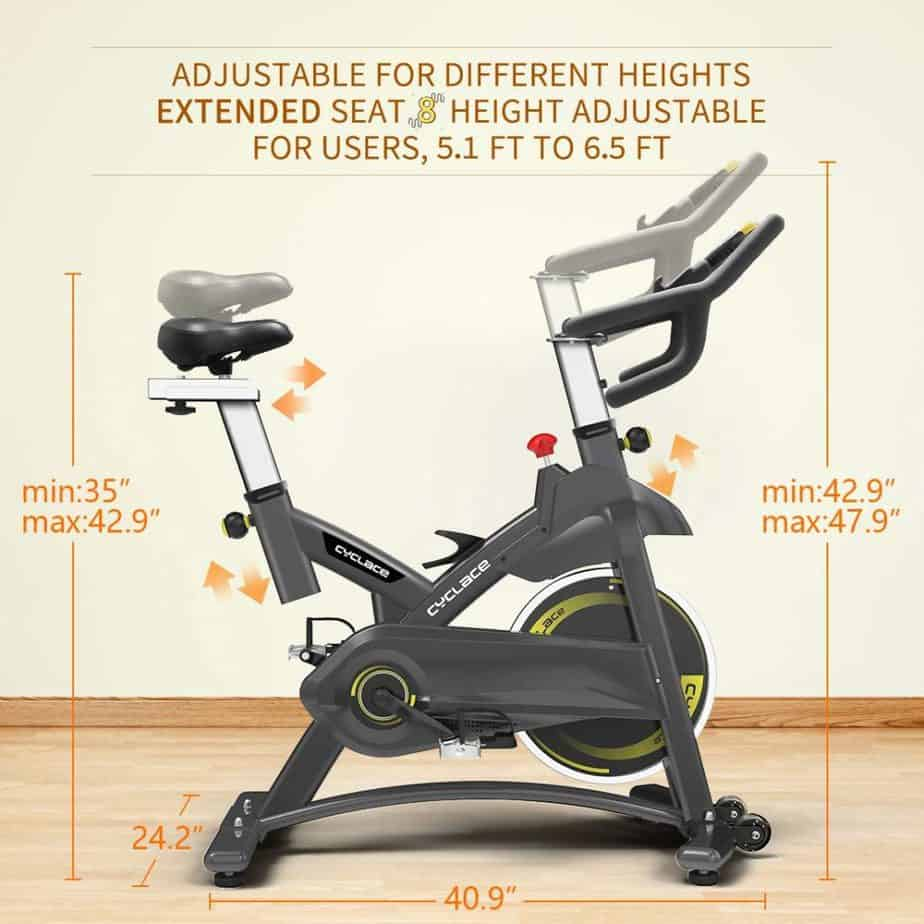 The seat and handbar adjustaments of the Cyclace Indoor Exercise Bike