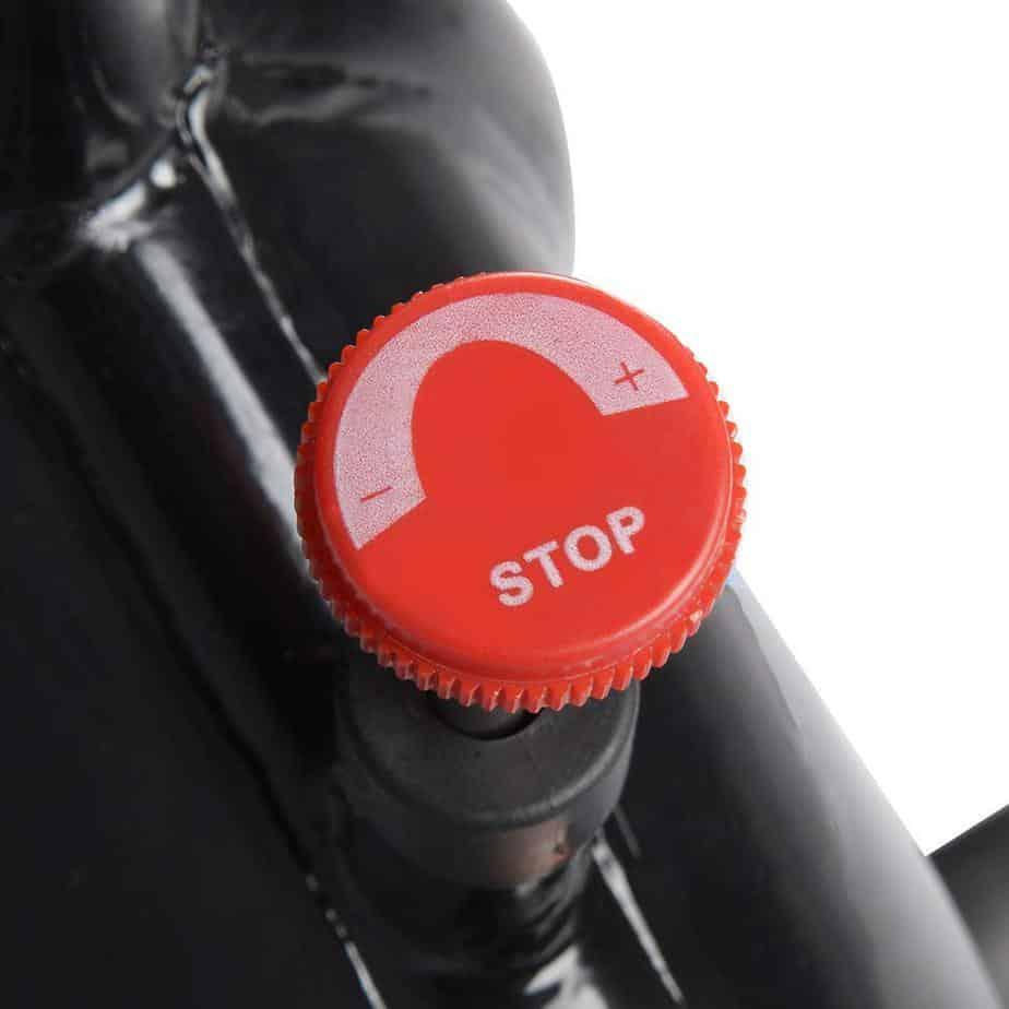 Tension knob for adjusting the resistance