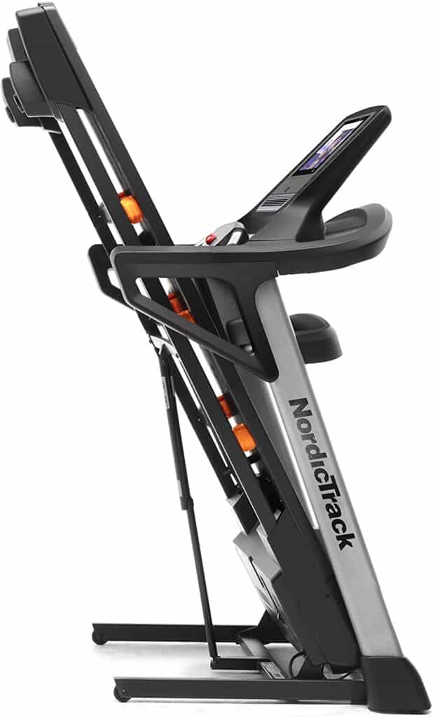 Folded Nordic Track T 7.5 S Treadmill