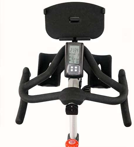The handlebar and the console of the Sunny Health & Fitness Asuna Sprinter 6100 Cycling Bike